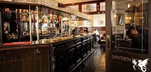 Oxford: dopo 450 anni la pandemia fa chiudere il pub di Tolkien e degli Inklings